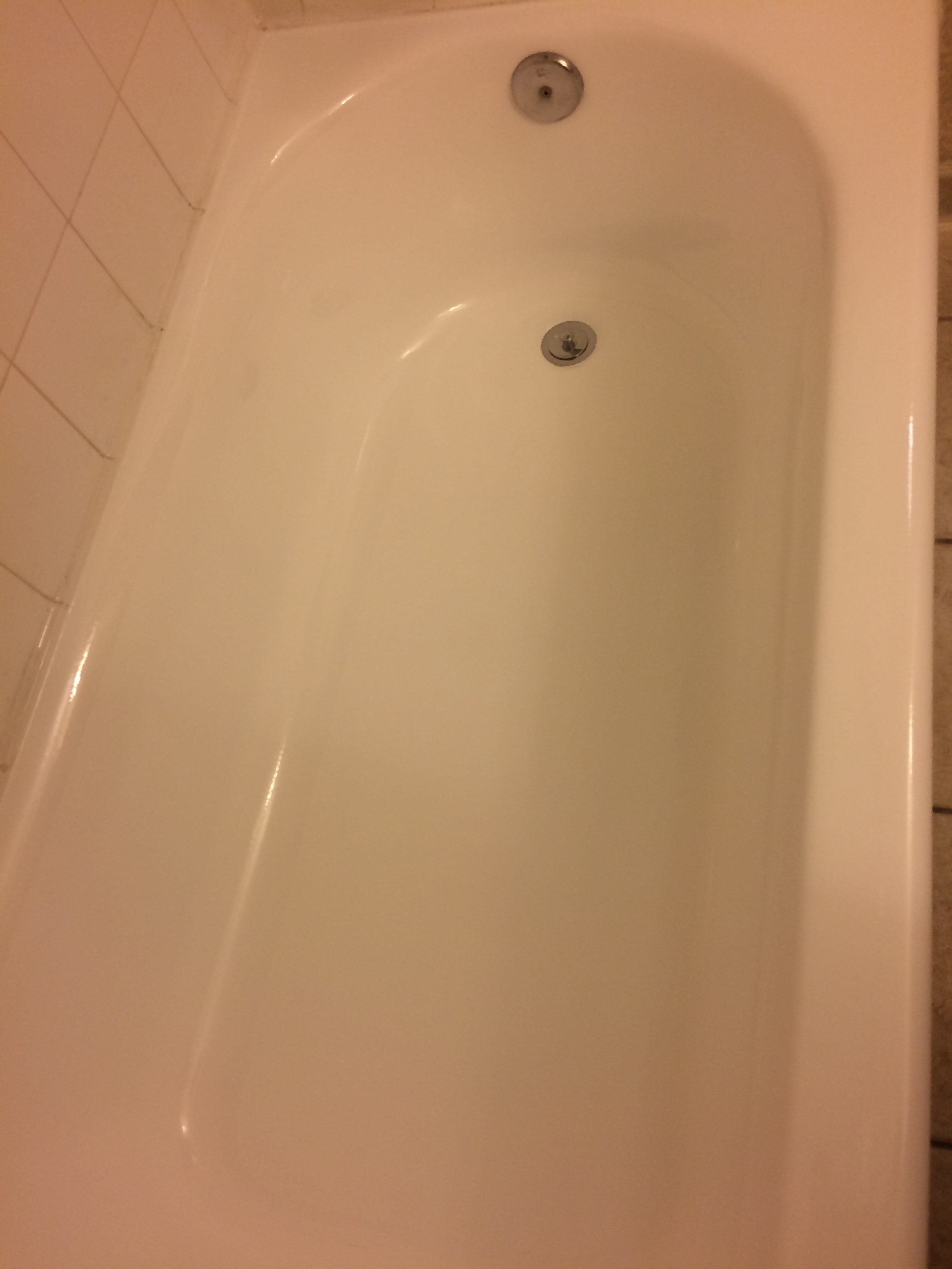 Hilton after- tub with new coating