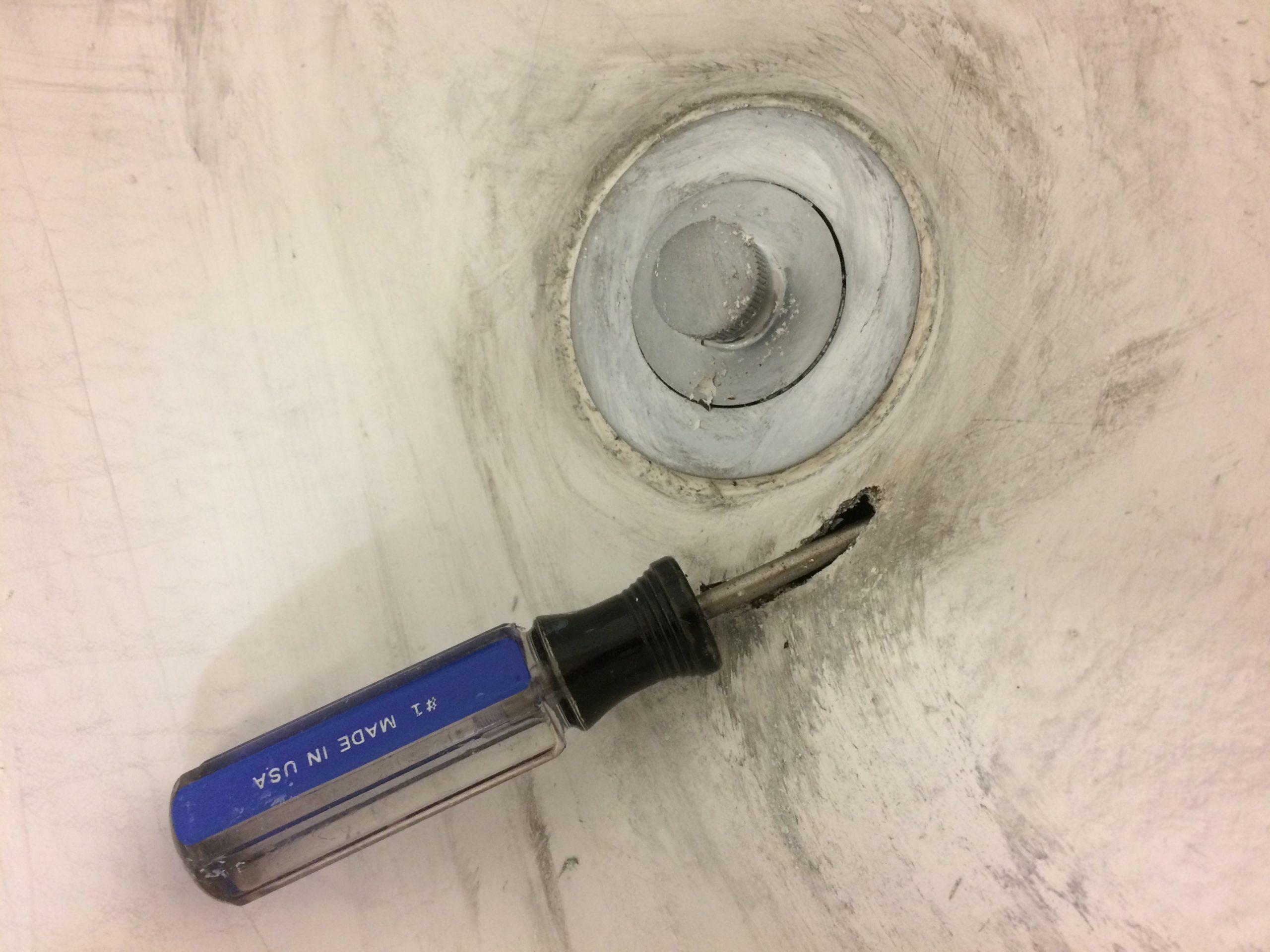 hole in tub